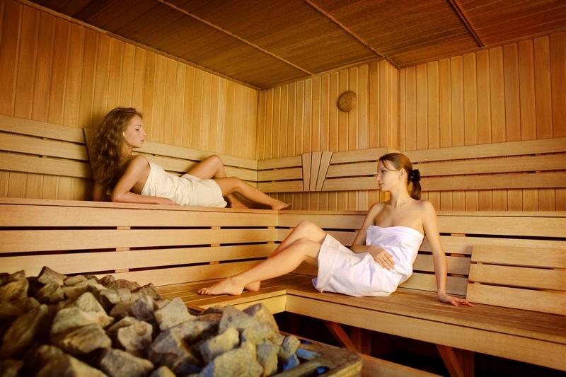 Русские девушки в общественном сауне фото фото 142-554